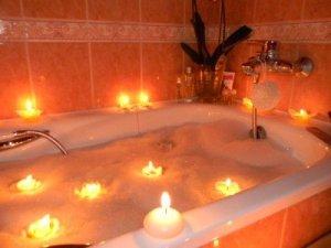 земляничная ванна